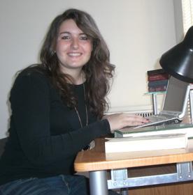 Ellie Gione