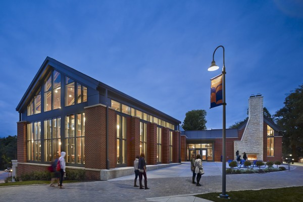 The Thomas Commons renovation project, which included an all-new façade, won an award for its design.