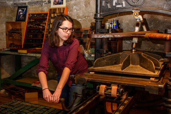 A course using Cornell College's 19th-century letterpress inspired junior Laura Michelson to discover her love of book arts.