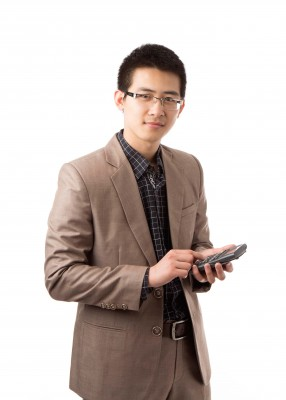 Viet Do is combining his interest in finance and math in Transamerica's actuarial science professional program.