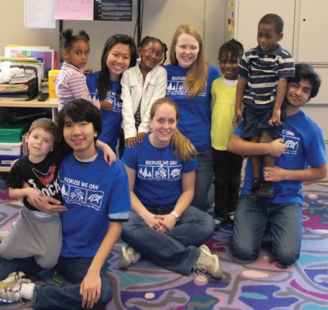 Alternative Spring Break trips, like this one in 2011 to Atlanta, help students understand civic engagement beyond the campus and the classroom (Photo by Samantha Hebel)