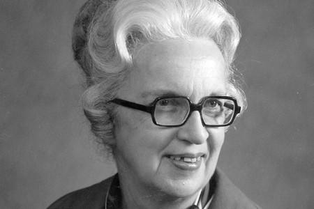 Margaret Naumann Keyes '39