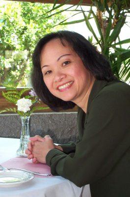 Alice Nguyen '80-2