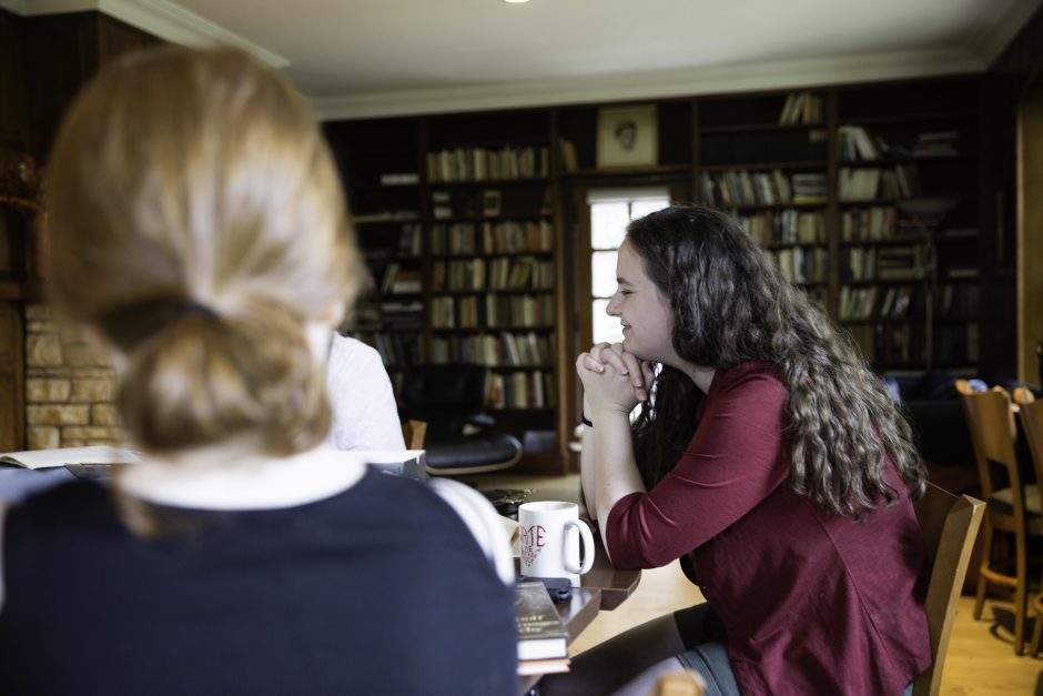 Maureen Sullivan '18, Emma Jean Meyer '19, Jessica Halter '18 , and Professor Leslie Kathleen Hankins work in the Van Etten-Lacey House. 15
