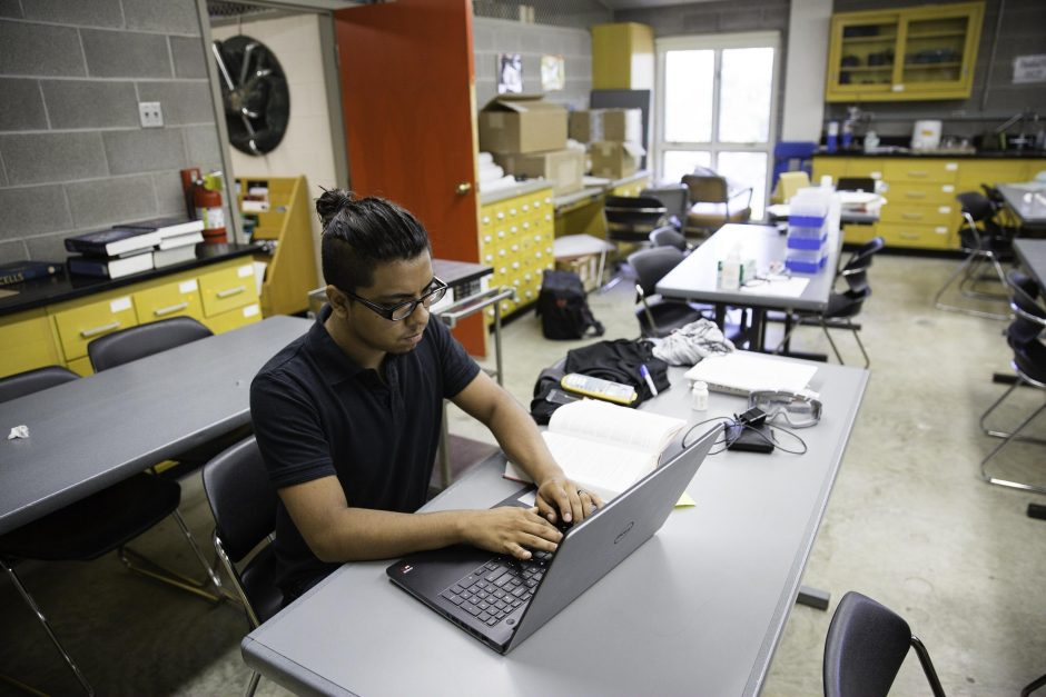 Students research in Professor Jai Shanata's lab 2
