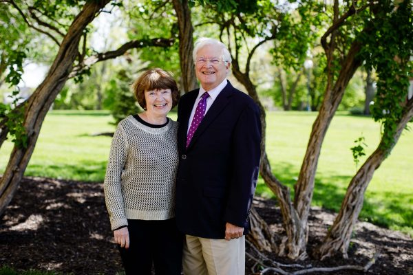 Bob McLennan '65 & Becky Martin McLennan '64 gave a generous $500,000 gift for a classroom in Russell Science Center.