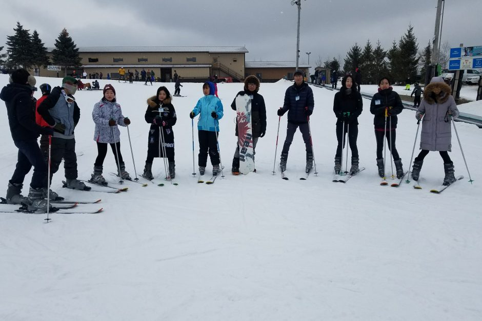 Student experience a ski trip
