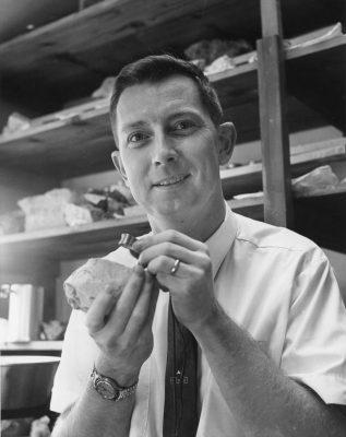 Gene Hinman '52