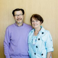 Sheryl Atkinson Stoll '70 and honorary alumnus Bill Stoll