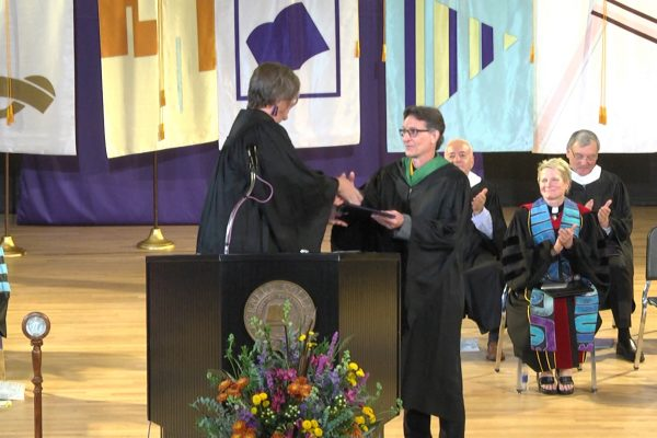 Cornell College presented Ken Patterson '83 with the 2018 Leadership and Service Award during Homecoming Weekend.