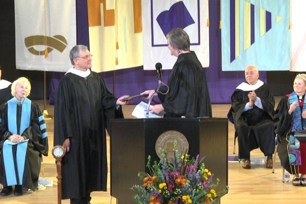 Cornell College presented John Toussaint '78  with the 2018 Leadership and Service Award during Homecoming Weekend.