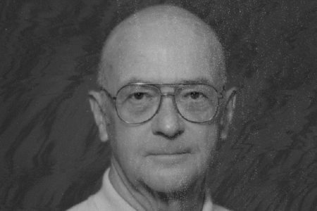 Campbell McConnell '50