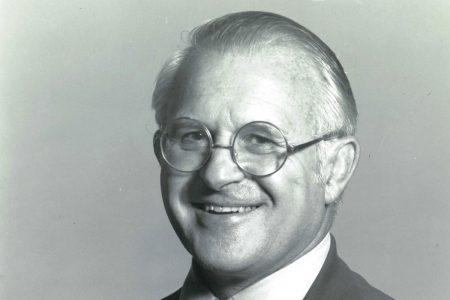 Lowell Lange '50