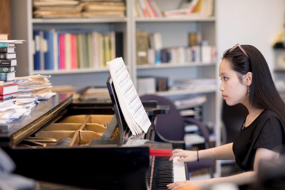 Giselle Nguyen playing the piano
