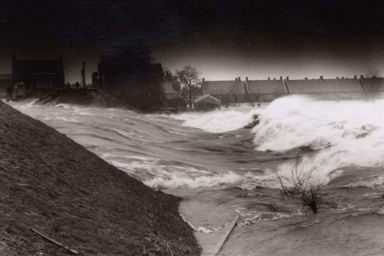 Wikimedia image of the 1953 flood in the Netherlands.