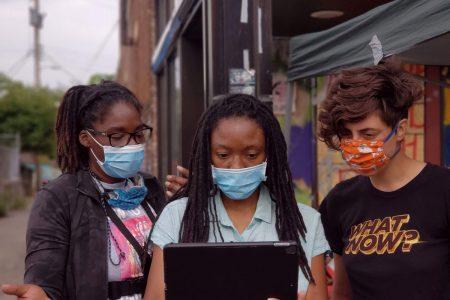 Activists-Marcia-Howard,-Jeanelle-Austin,-Madi-Ramírez-Tentinger-'14
