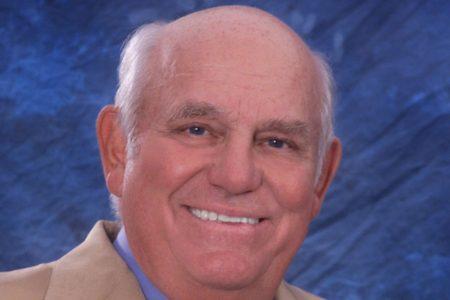 Larry Dorr '63