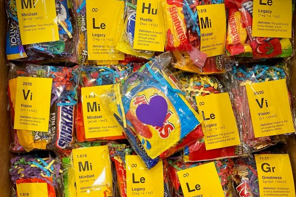 Each one of Cornell's 404 first-year students received a personal note and a bag of candy from two of Cornell's biggest fans, Ann and John Turner.
